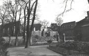 Trosky vypálené synagogy v Mostu, kolem roku 1940 - preview